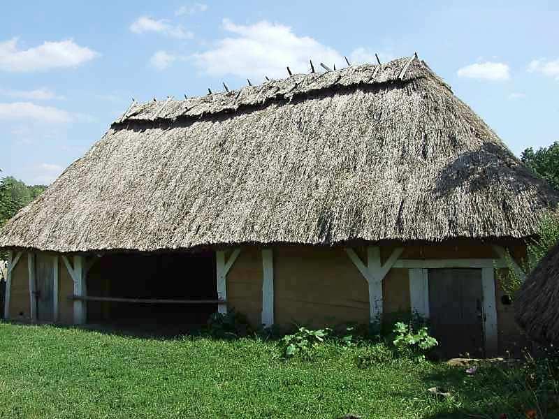 2007 р. Вигляд з боку двору