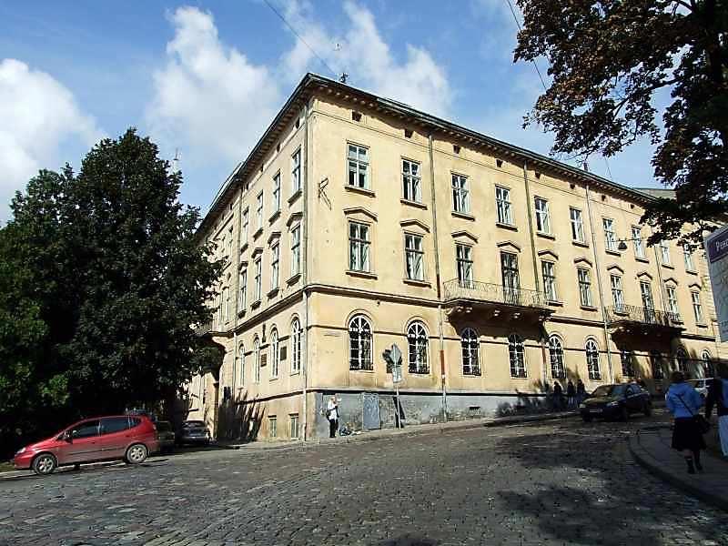 Будинок з історією (№ 24)