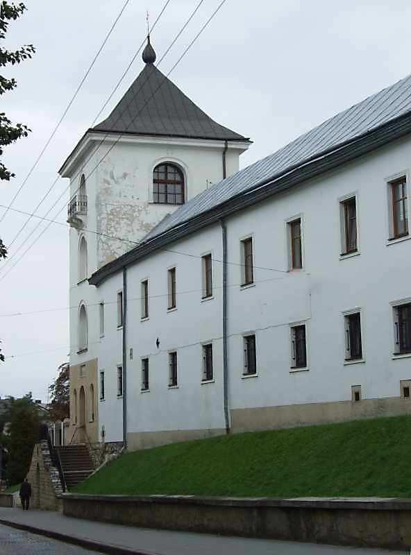 2007 р. Дзвіниця і корпус келій