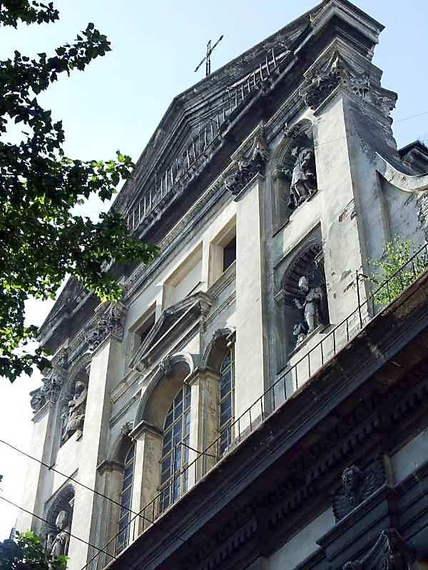 2007 р. Верхня частина головного фасаду