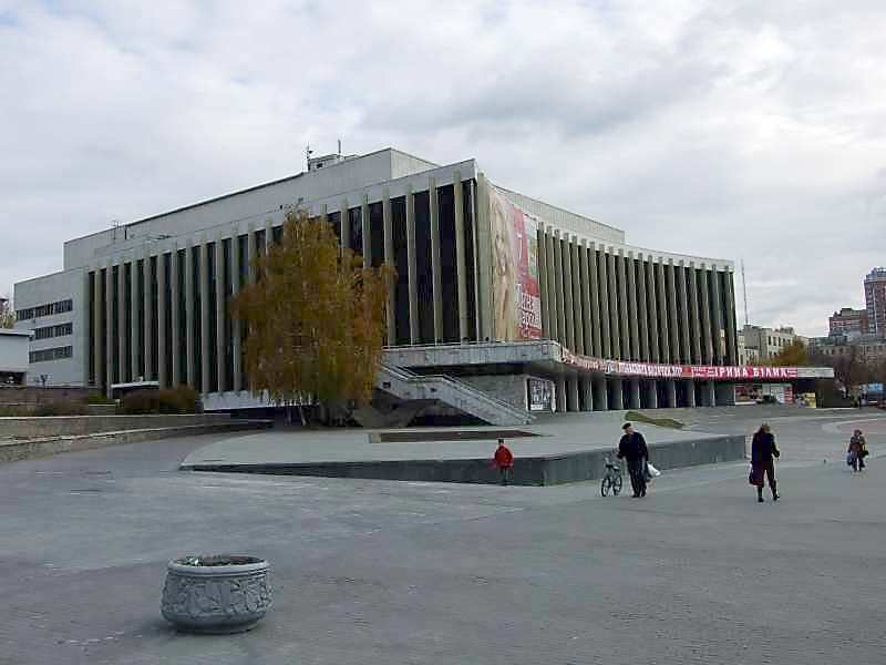 2007 р. Загальний вигляд з боку вул.Володимирсько-Либідської