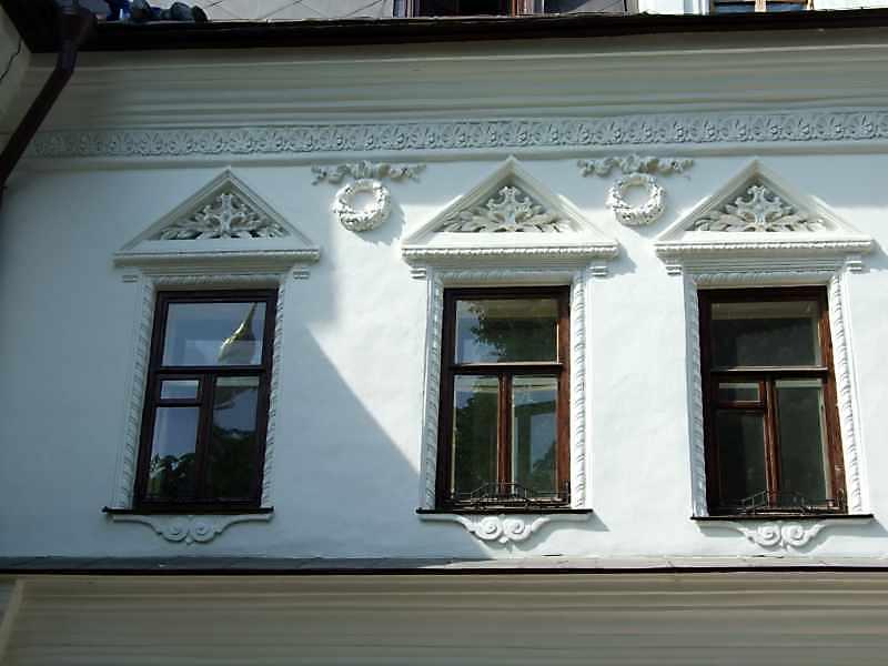 Ліва група вікон