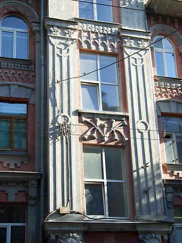 2-3-й поверхи сходової клітки