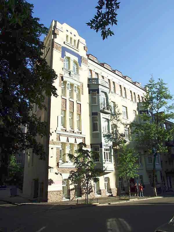 Житловий будинок з історією (№ 65)