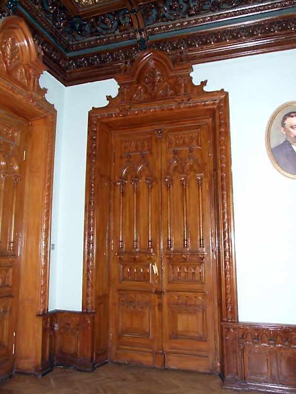 Двері кабінету