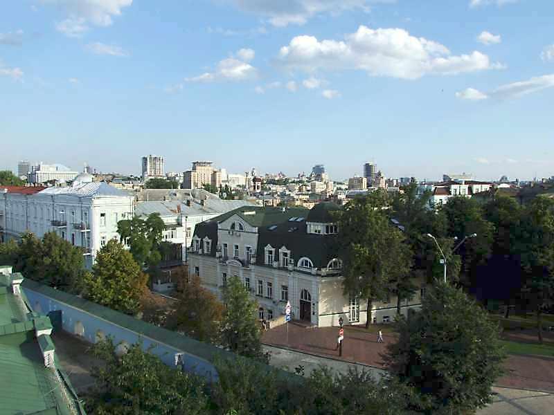 2008 р. Панорама центру міста з…