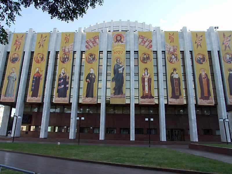 Фасад з боку Володимирського узвозу