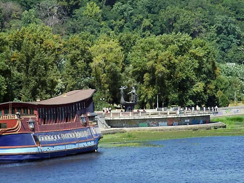 2008 р. Вигляд з моста Патона