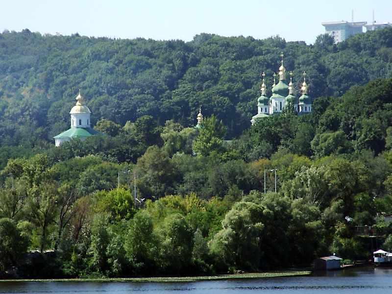 Михайлівський собор, трапезна і…