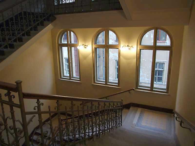 2008 р. Інтер'єр головних сходів