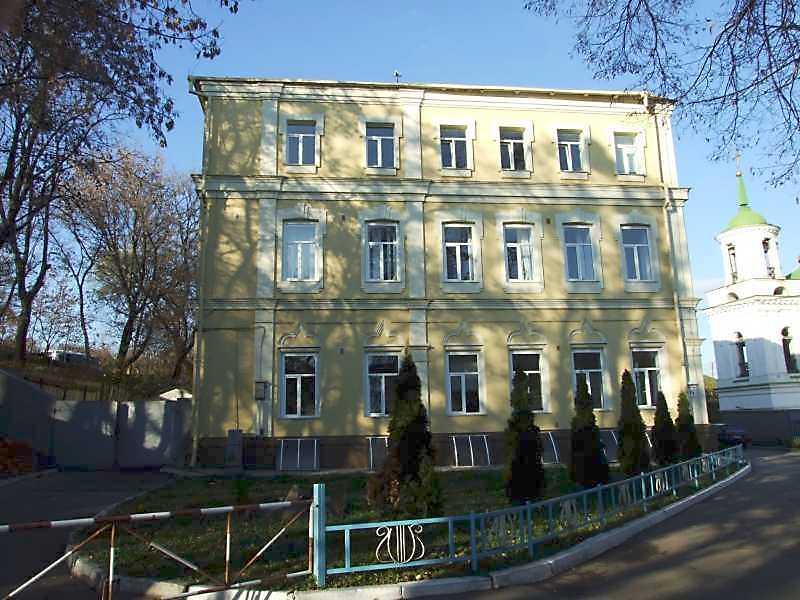 2008 р. Бічний фасад