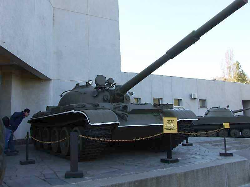 Середній танк Т-62 зразка 1962 р.