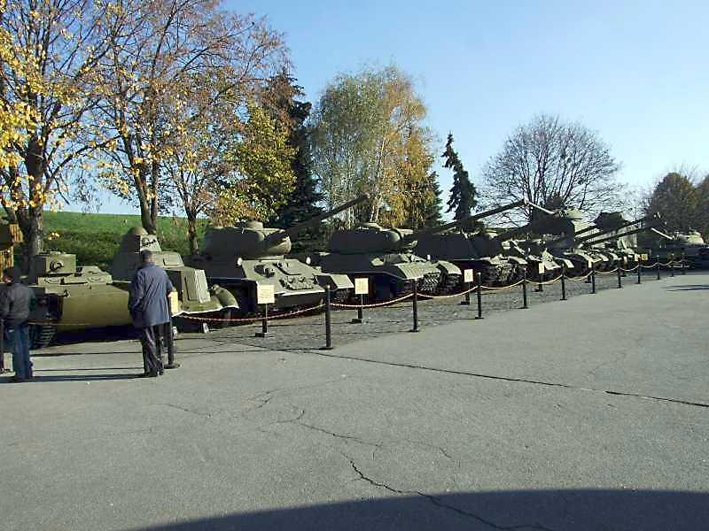 2008 р. Лінійка танків