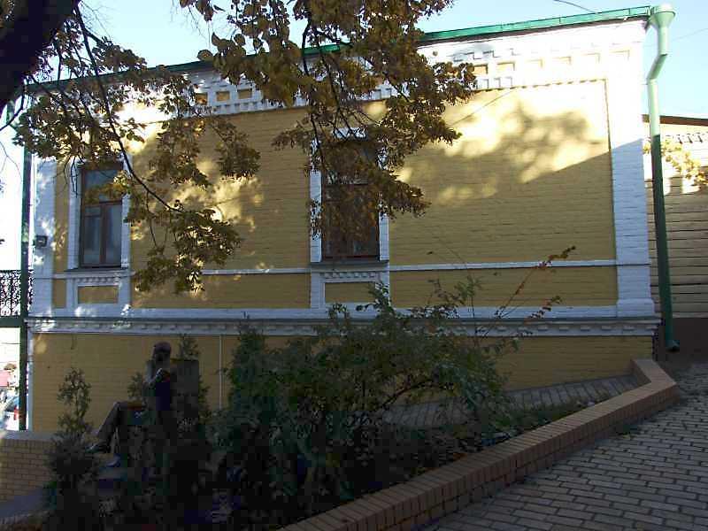 2008 р. Торцевий фасад