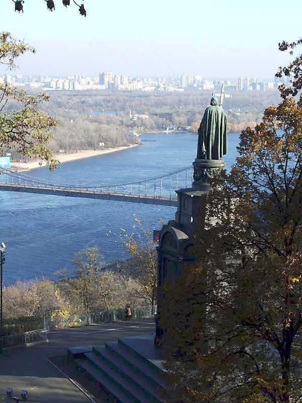2008 р. Вид на Дніпро та пам'ятник кн.Володимиру