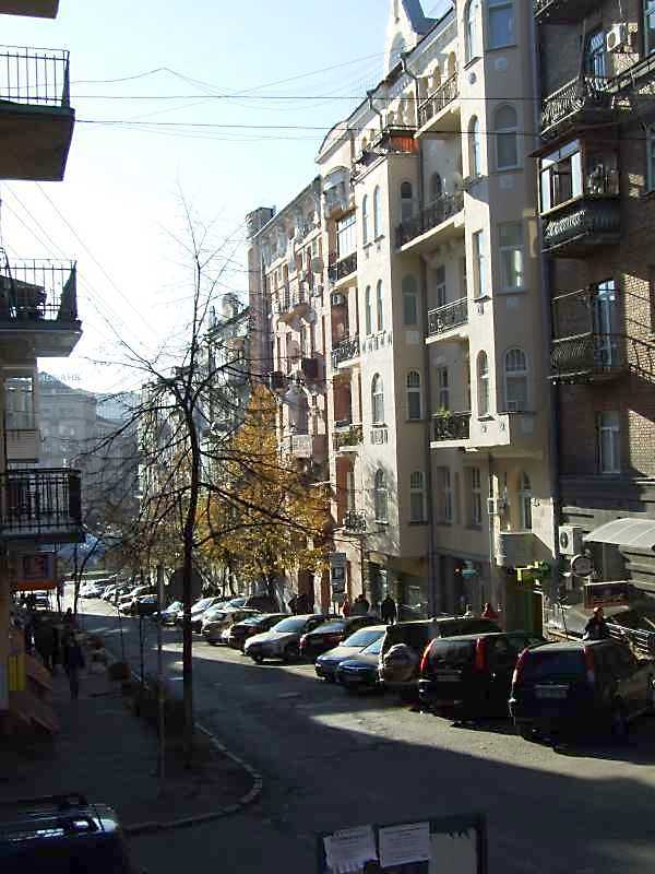 2008 р. Перспектива від будинку № 6 в бік майдану Незалежності