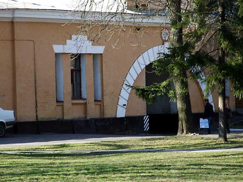 2009 р. Центральна частина головного фасаду. Вигляд з півдня