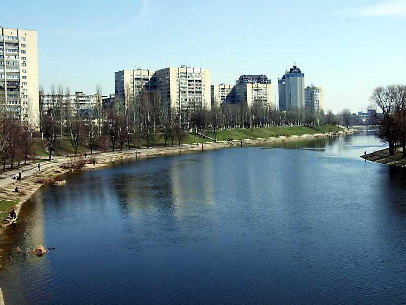 2009 р. Вид на Русанівський канал та…