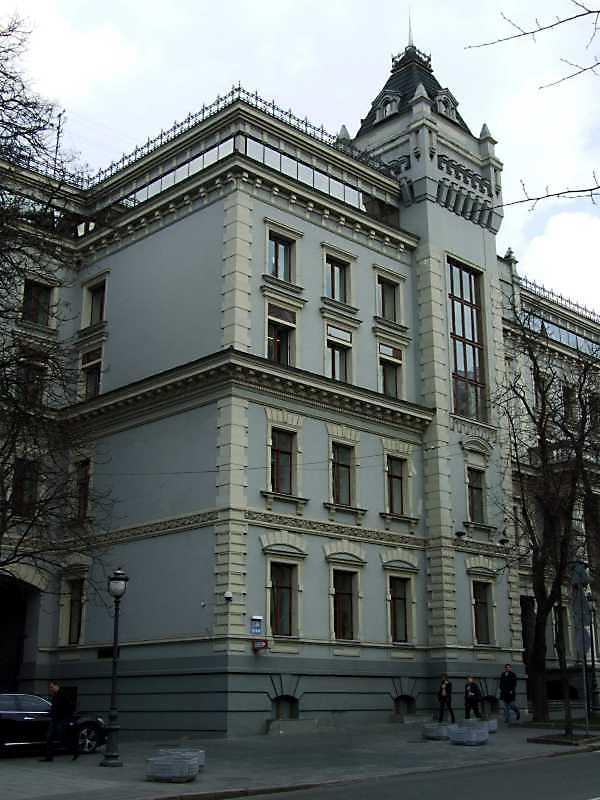 2009 р. Фрагмент фасаду 2-го корпусу
