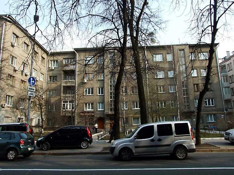 2009 р. Корпус вздовж вул.Шовковичної