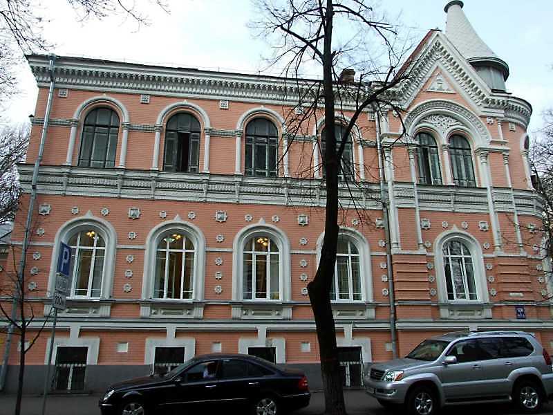 2009 р. Фасад по вул. П.Орилка