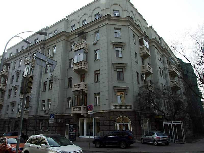 2009 р. Загальний вигляд (зліва – вул.Шовковична, справа – вул.Лютеранська)