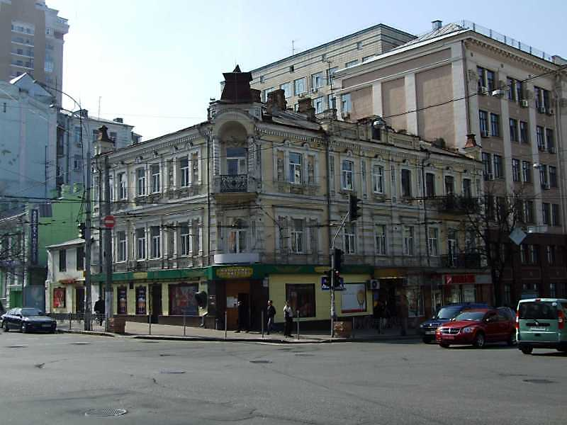 Будинок (№ 13 / Саксаганського, 135)