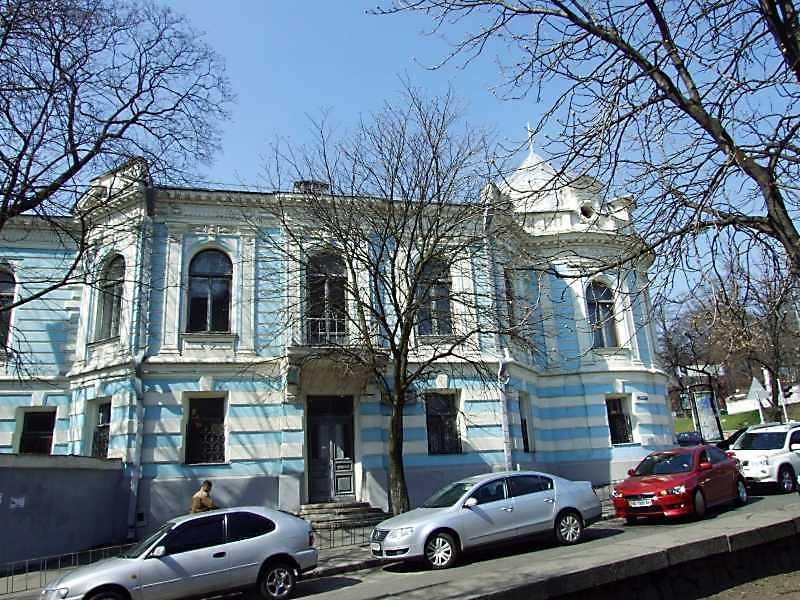 2009 р. Фасад по вул. Антоновича.…