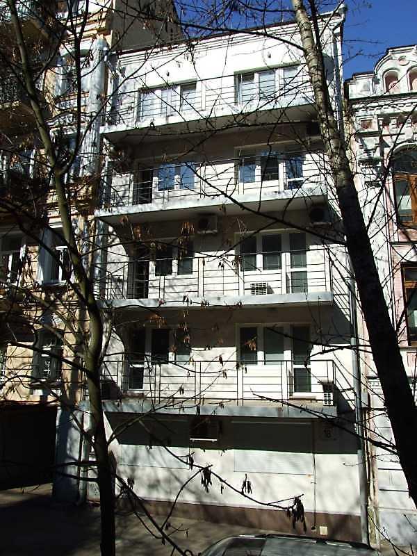 Житловий будинок (№ 18а)