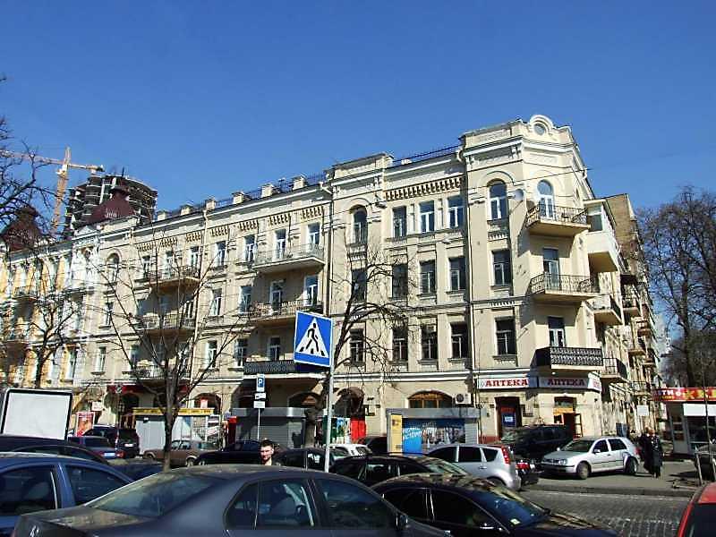 2009 р. Загальний вигляд (зліва – вул. Б.Хмельницького, справа – вул. І.Франка)