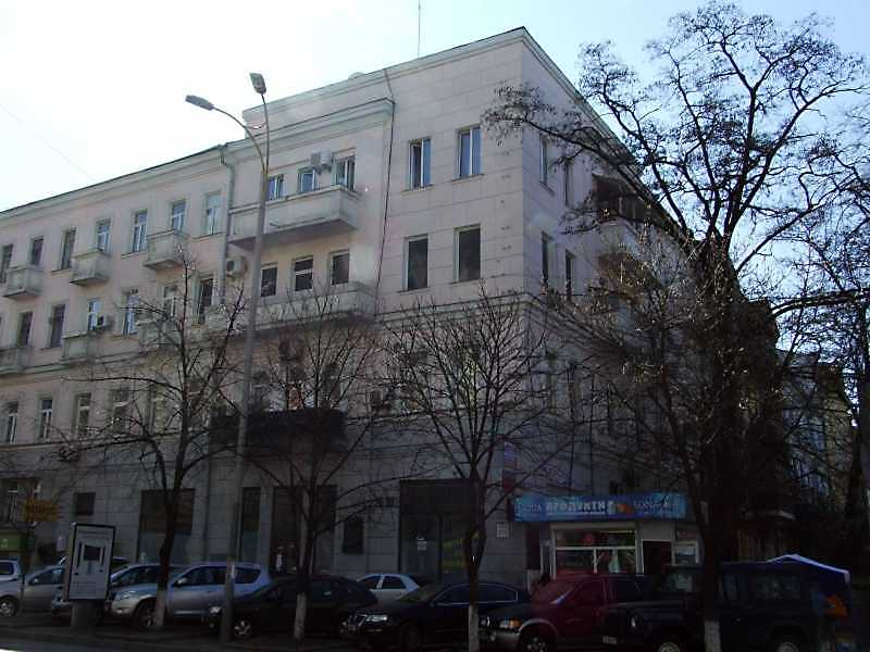 Житловий будинок з історією (№ 27)