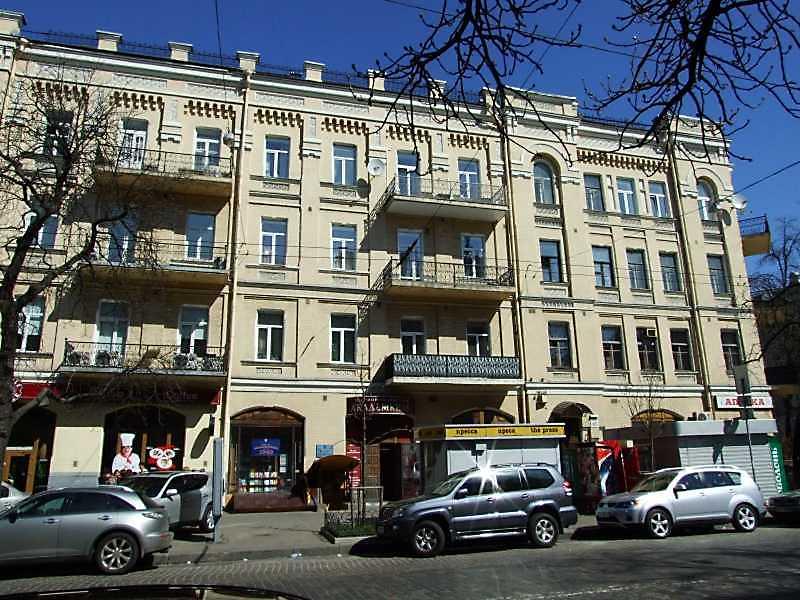 2009 р. Фасад по вул. Б.Хмельницького…