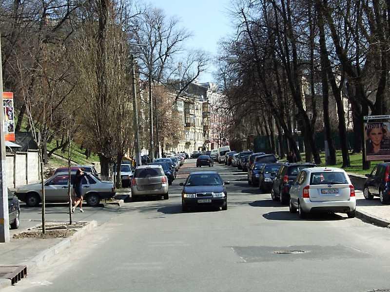 Липинського вул.