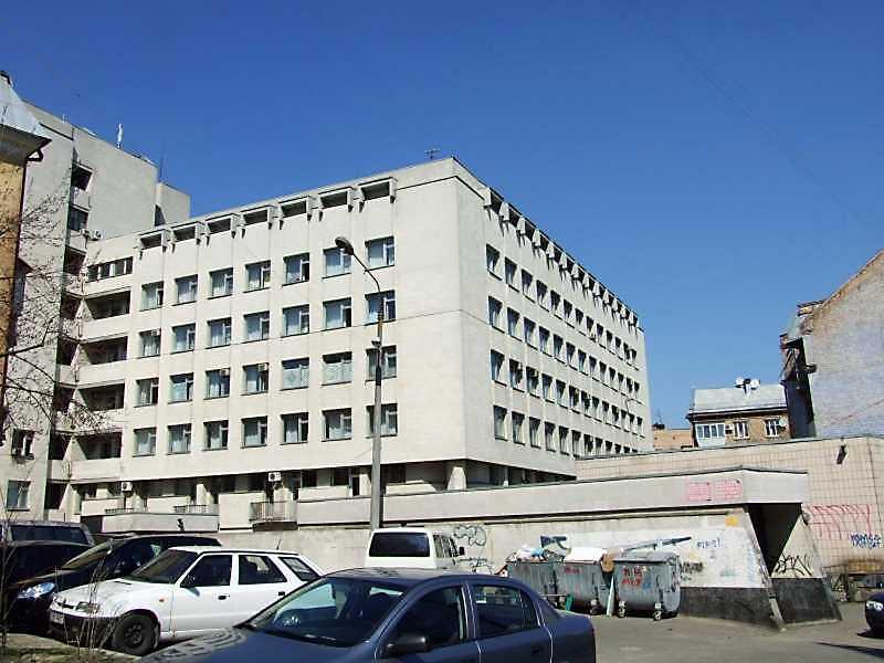 2009 р. Загальний вигляд з боку вул. О.Гончара
