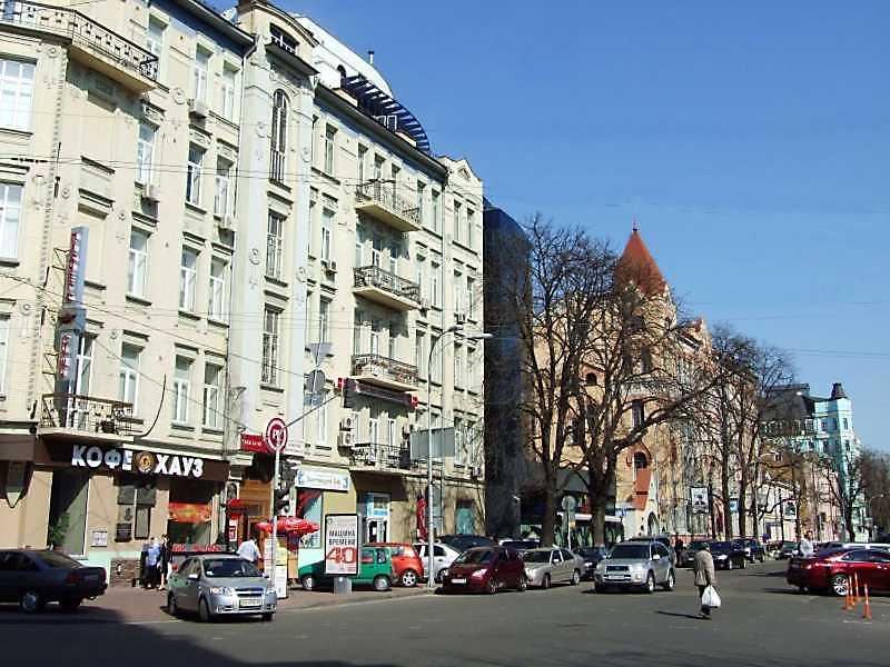 2009 р. Перспектива парного боку від вул. Вел.Житомирської в бік Бабиного Торжка
