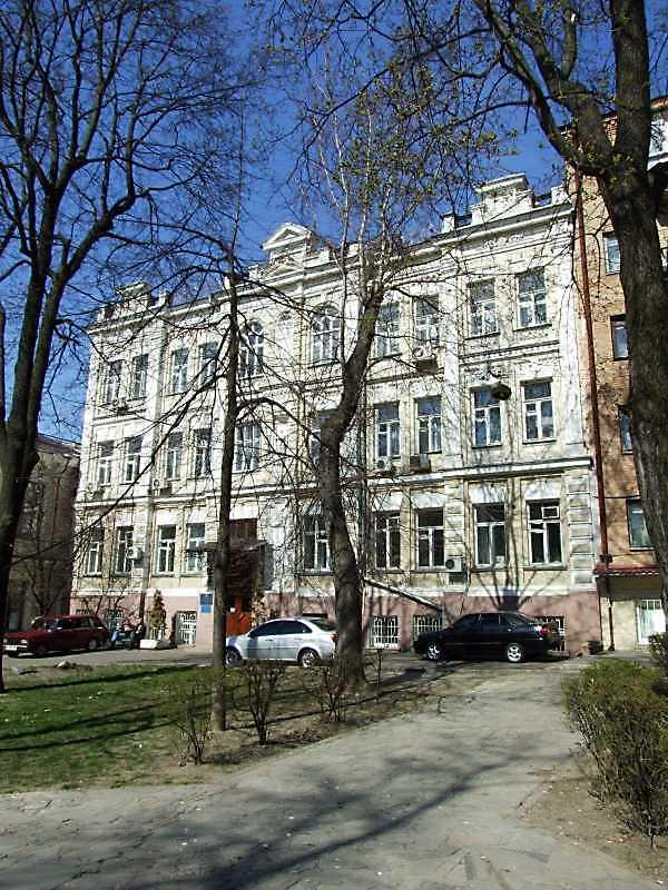 Житловий будинок з історією (№ 16в)