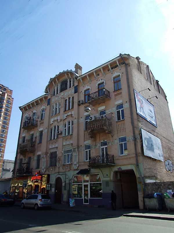 Житловий будинок з історією (№ 19)