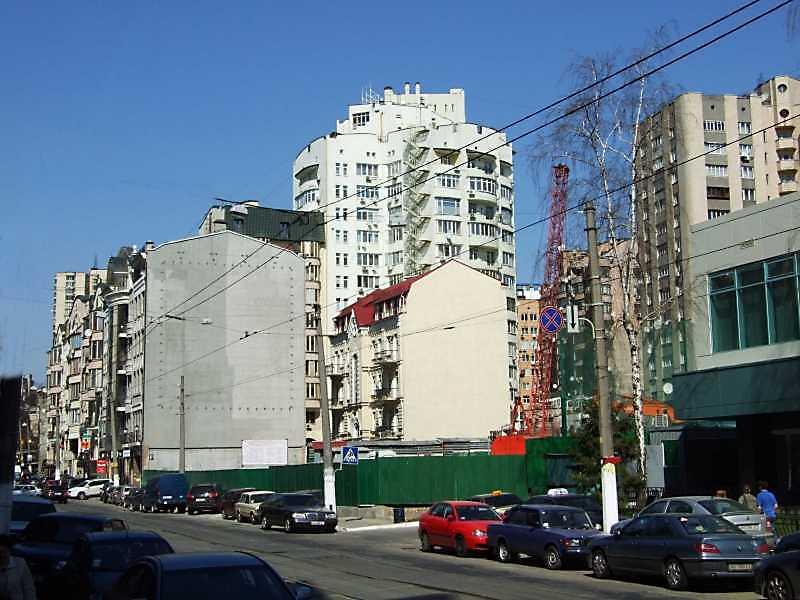 2009 р. Перспектива парного боку від будинку № 30 в бік вул. Павлівської