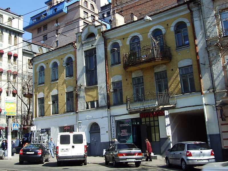 2009 р. Загальний вигляд з боку вул. Дмитрівської