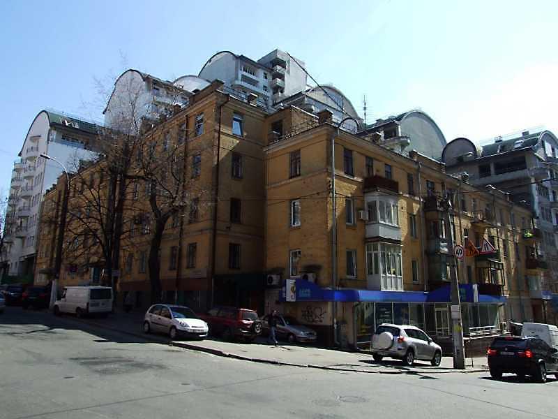 Житловий будинок з історією (№ 13 / Тургенівська, 48)