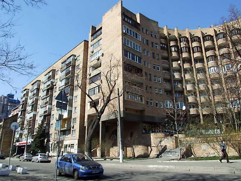 2009 р. Вигляд з боку вул. Павлівської