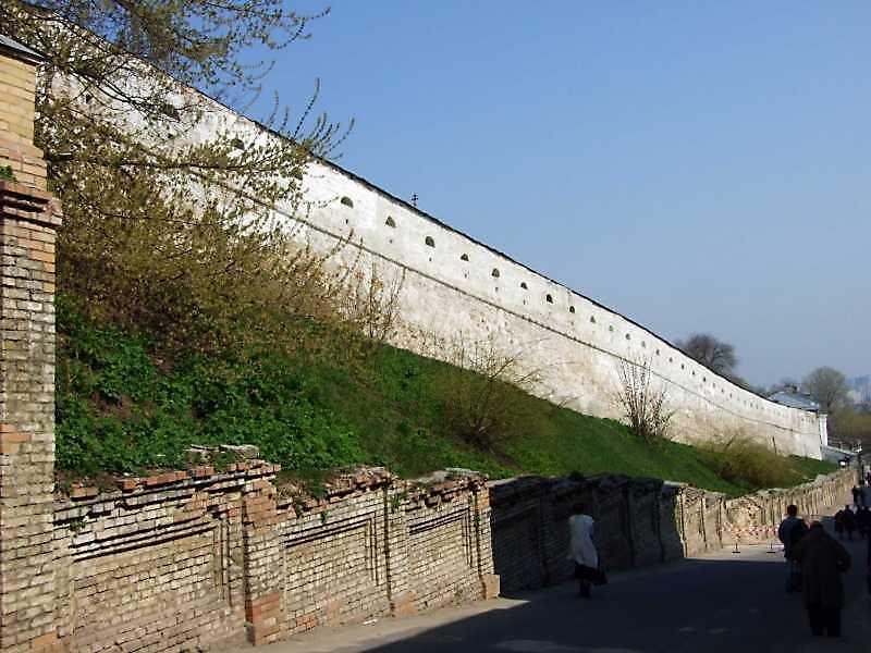 2009 р. Південний мур. Вигляд із заходу