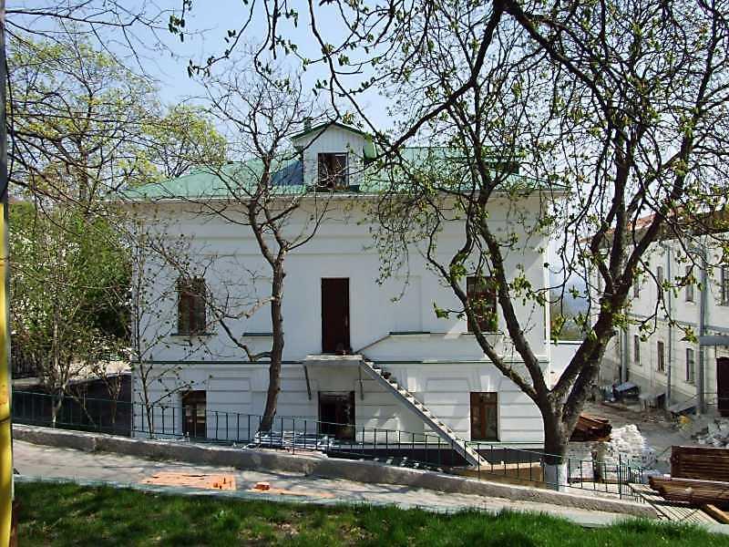 2009 р. Західний фасад