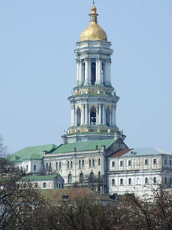 2009 р. Будинок митрополита, церква…