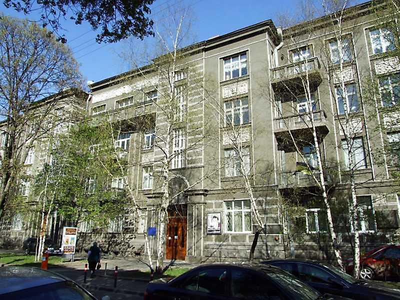 2009 р. Фрагмент головного фасаду