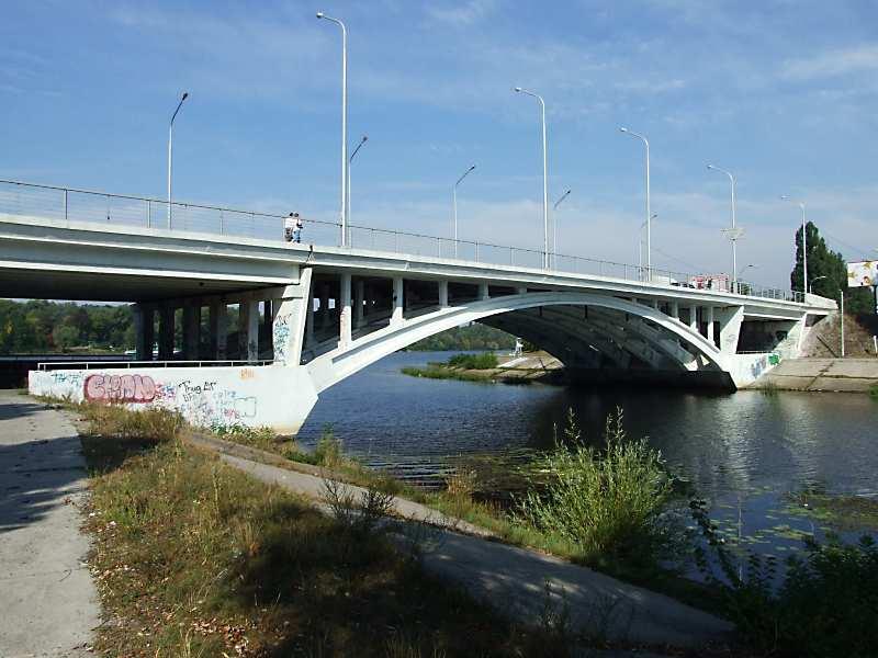 Міст № 1 (південний автомобільний міст)