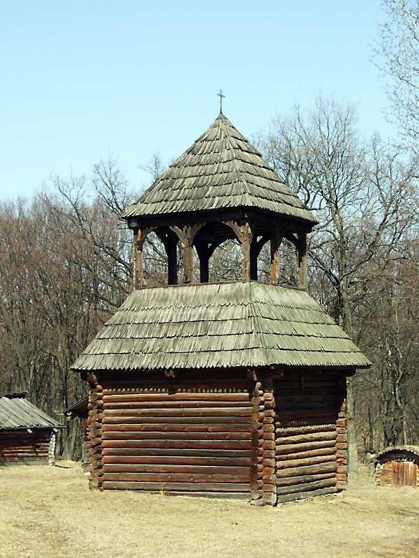 Дзвіниця із с.Великий Жолудськ