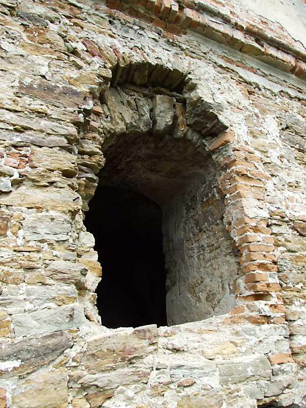 Східне вікно 1-го поверху