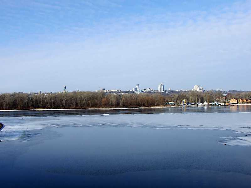 2012 р. Панорама правого берега Дніпра з Русанівки