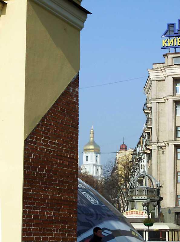 Вид на дзвіницю Софійського собору